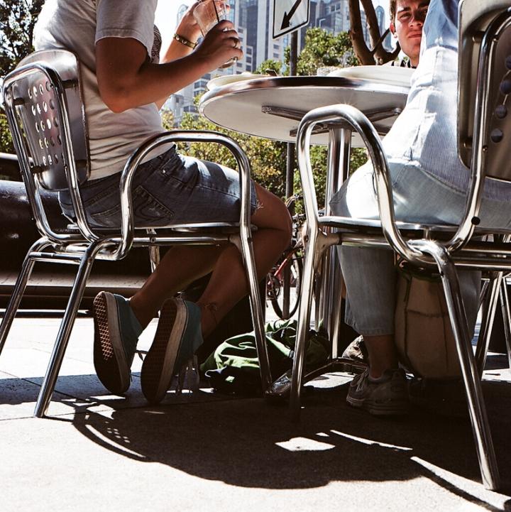 Under the table (San Francisco, 2009) © Sheila Newbery