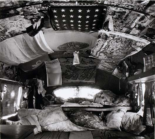 Casper in the Mouse Bus © Paul Herzoff (note: subject misidentified in the archive)