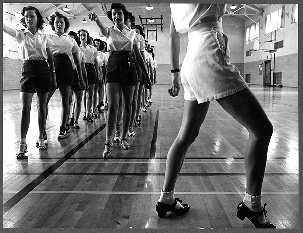 Tap dancing in the gymnasium at Iowa State College (1942), Jack Delano