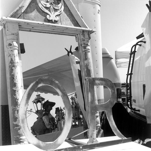 Untitled (Alameda, CA) 2009 © Sheila Newbery