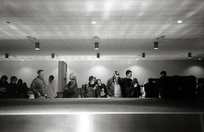 Baggage claim (Oakland, 2009) © Sheila Newbery