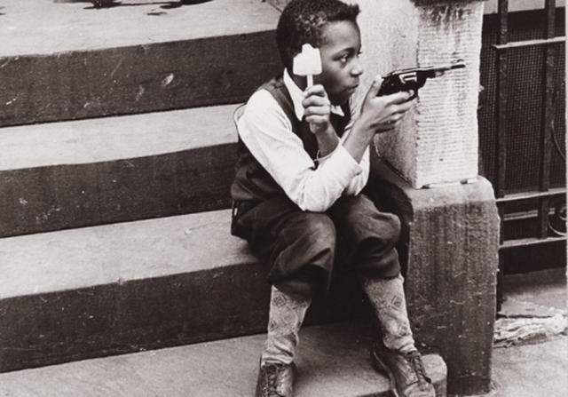 Untitled (New York, 1936/1948) Helen Levitt