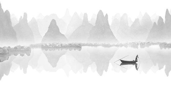 Mirror Lake © Fan Ho