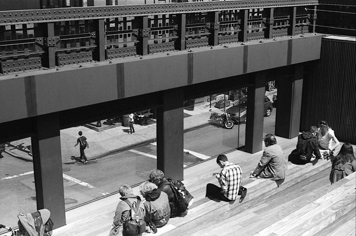 Window onto the street (The High Line, NYC, 2011) © Sheila Newbery