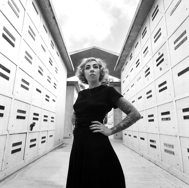 R. at the mausoleum (Oakland, 2011) © Sheila Newbery