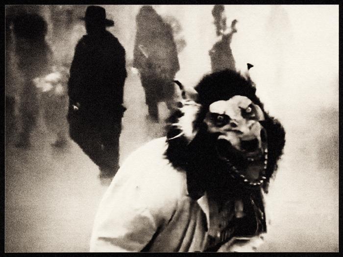 """Nadie se dió cuenta de la transformación (palladium print, 2012) from """"Los Caprichos: after Goya"""""""